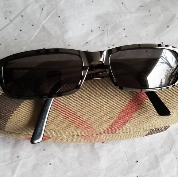aca78e8fd2c6 Burberry Accessories   Safilo Sunglasses Frames   Poshmark
